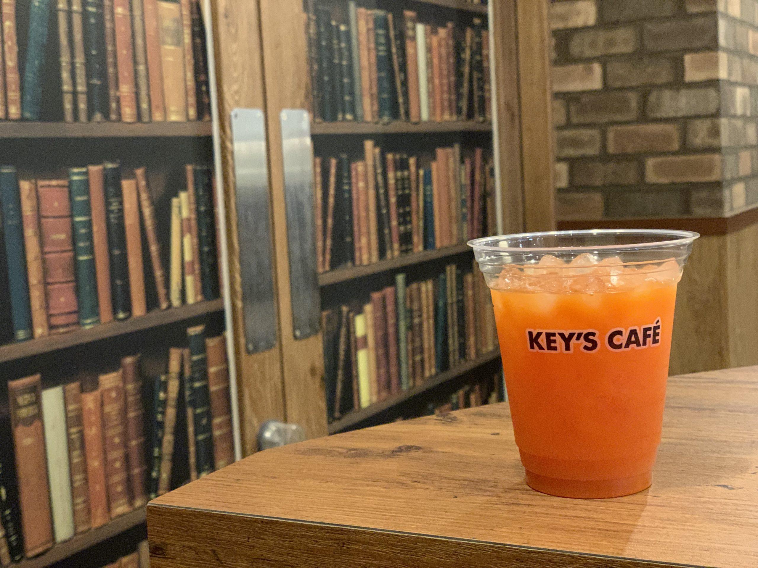 本町駅12番出口 電源カフェ KEY'S CAFE 大阪本町店 Wi-Fi