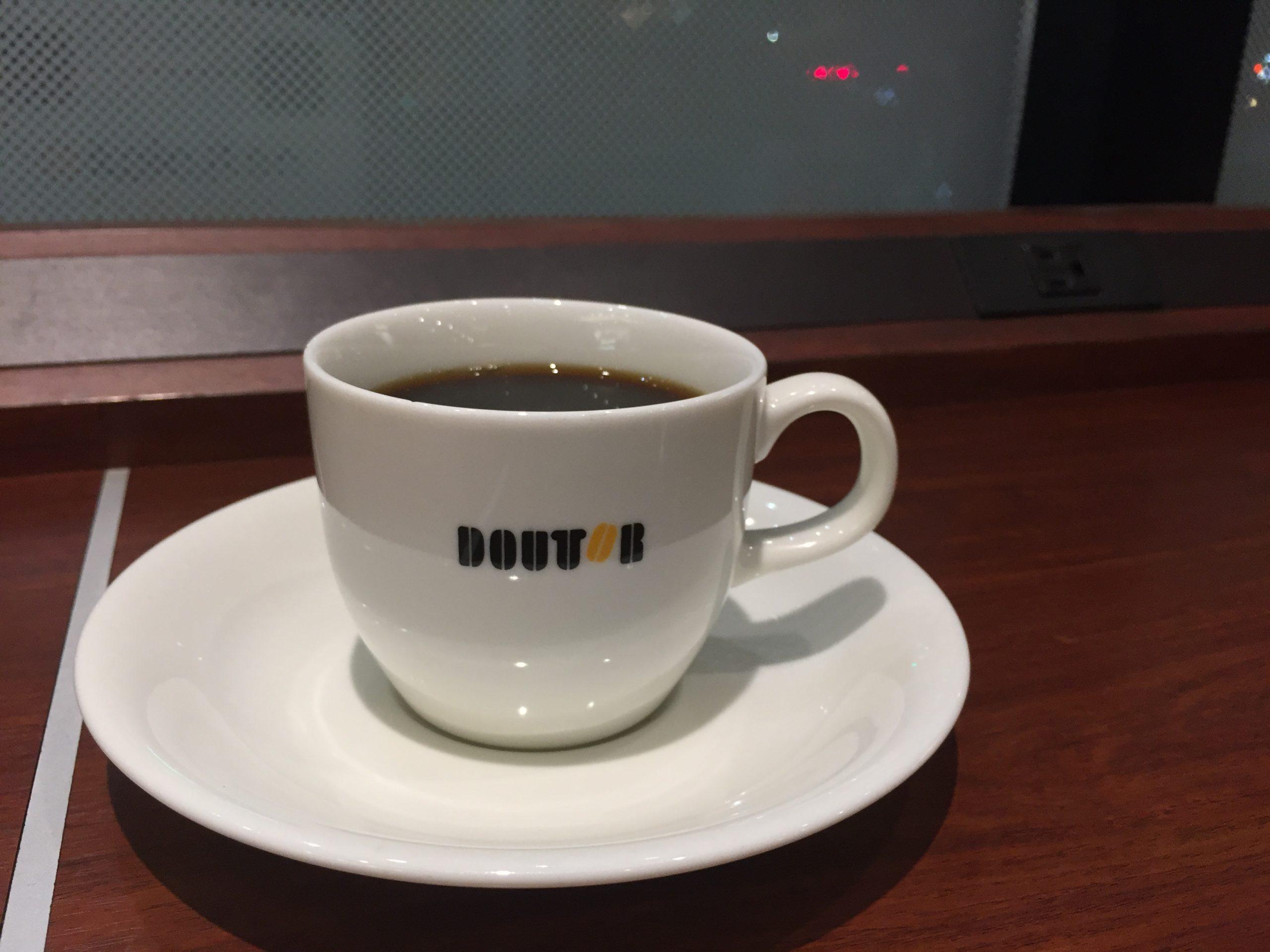 淀屋橋駅改札すぐ 電源カフェ ドトールコーヒーショップ 地下鉄淀屋橋駅店