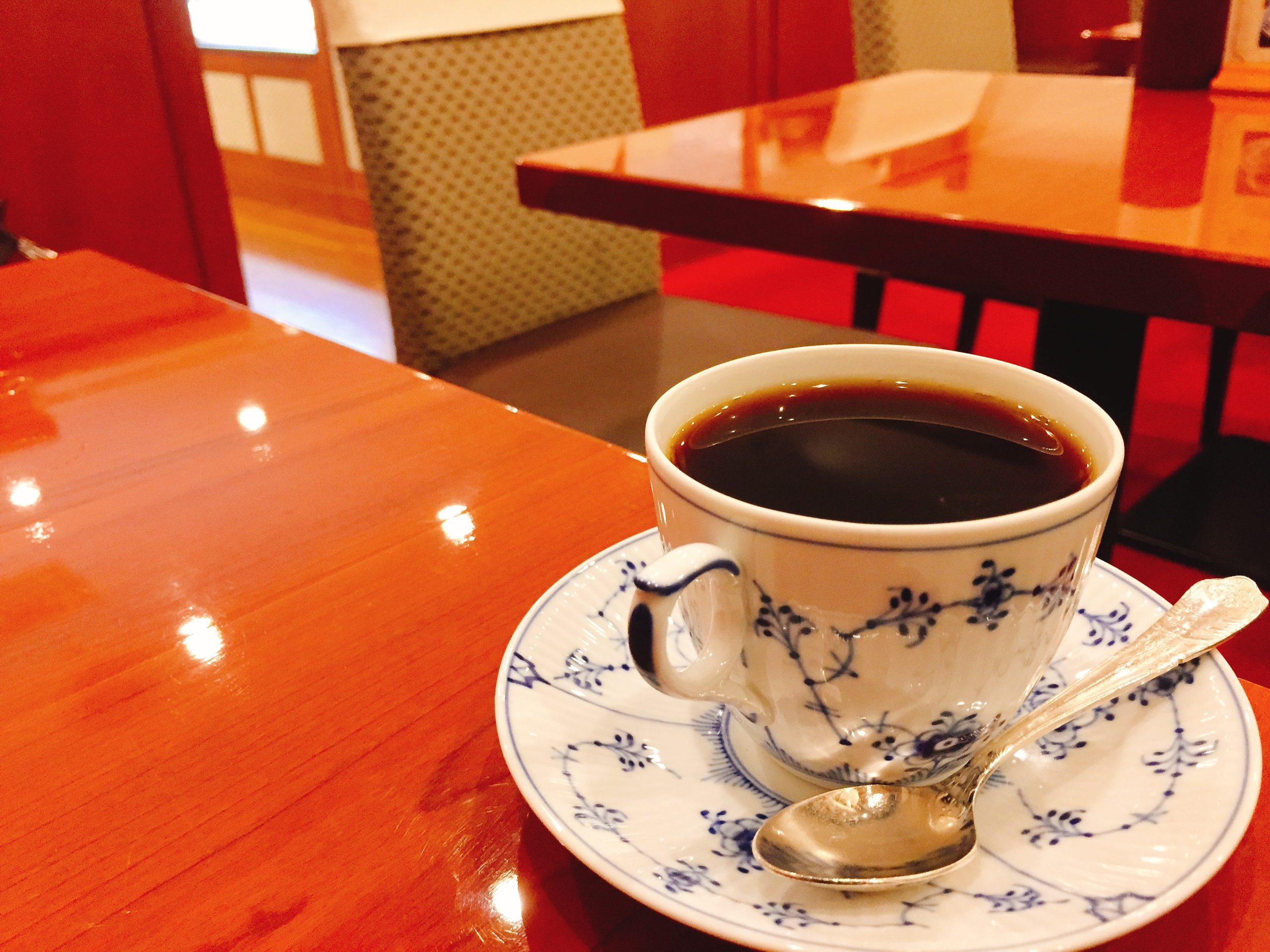 武蔵境駅南口 打ち合わせカフェ 椿屋茶房エミオ武蔵境店